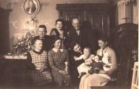 První Vánoce, 1937, Edita Reinoldová