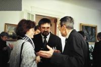 Na maďarském velvyslanectví s manželkou a prof. Petrem Rákosem, Praha říjen 2000