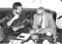Jako redaktor Új Szó v rozhovoru s Milošem Kopeckým, Praha 1987