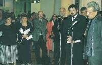 S ministrem kultury Pavlem Dostálem a fotografem Jindřichem Štreitem na vernisáži jeho výstavy, Budapešť 2004