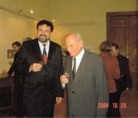 S maďarským prezidentem Árpádem Gönczem na velvyslanectví ČR, Budapešť asi 1999