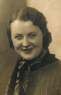 Matka Emílie v 30. letech