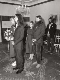 Svatba kamaráda, Jaroslav Hýbner jako svědek