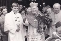 Josefa Dolista s Františkem kardinálem Tomáškem v 80. letech 20. století