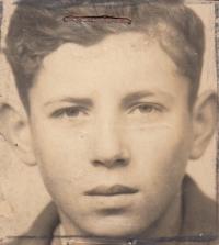 Fotografie Jaromíra Stojana z průkazu Svazu brannosti