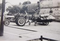 Traktor ferguson, který vlastnila rodina Střídova