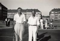Členové Ruského tenisového klubu.