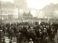 Tryzna za Jana Palacha na Staroměstském náměstí 20. ledna 1969