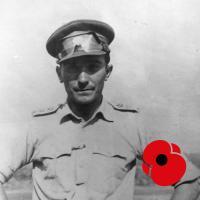 Miloš Knorr, generálmajor ve výslužbě uprchl v roce 1940 do zahraničí a přes Francii se dostal do Anglie, kde byl v roce 1943 přidělen k 43. britskému předzvědnému pluku. Zúčastnil invaze do Normandie a jako zpravodajský důstojník 43. britské divize plnil průzkumné úkoly během postupu divize Francií, Belgií, Nizozemskem a Německem. Po válce založil Klub spojeneckých důstojníků a vyučoval taktiku na Vysoké škole válečné,  krátce po únoru 1948 uprchl do Vídně. Američané mu ihned nabídli práci při prověřování uprchlíků, později působil jako operační důstojník zpravodajské služby americké armády. V roce 1955 ukončil svou zpravodajskou činnost, usadil se ve Spojených státech a vypracoval se na šéfa evropské pobočky jedné z největších amerických pojišťoven.