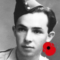 Pavlovi Vranskému bylo osmnáct, když v roce 1939 odešel stejně jako jeho otec do Polska a dále do SSSR. Prodělal výcvik u československé vojenské jednotky, v roce 1941 odjel k československému vojsku na Blízkém východě. Zažil boje u Tobruku, poté se přihlásil k americkému protiponorkovému letectvu. Na upraveném vojenském letounu Liberator po válce létal mezi Prahou a Londýnem jako dopravní letec, později pracoval u ČSA.