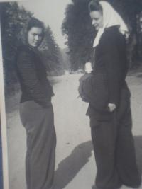 Na nucených pracích, Lidmila Daňková nalevo