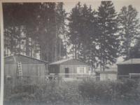 Bydlení na nucených pracích v lesích u Rakovníka