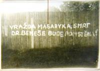 Protikomunistické nápisy v Klatovech, které psal Wiendl