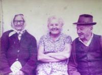 Maminka a prarodiče D. Kroupy