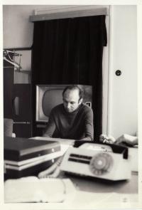 Miroslav Kopt na schůzi rady Organizace mládeže (1968)