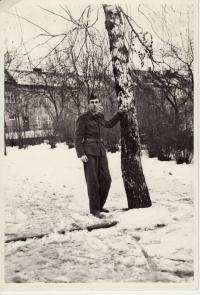 Miroslav Kopt během vojenské služby po propuštění z kriminálu