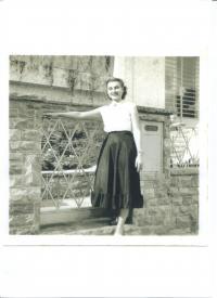 Nina Ingrišová v Sao Paolu (Brazílie) v roce 1954