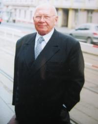 V Praze v roce 2002