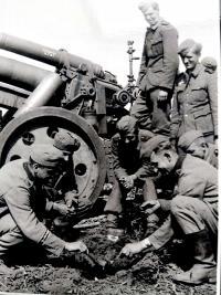 Dělostřelecká jednotka ve které sloužil v letech 1941-45