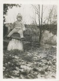 Dagmar Lieblová as a child