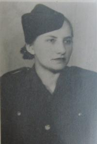 Emílie Jarmarová v armádě