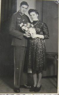 Sestřenice z Vídně, u které pan Baume bydlel po válce