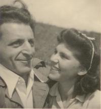 Miloš a Zuzana Dobří -svatebni cesta 12.9.1949