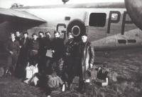 Posádka ve složení Tichý Jack, Hostášek, Kozák Kid, Roubík, Šišpera, Gajer Josef, Vaněk Lad., Hofrichter, Malý