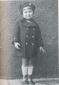 Dana Němcová as a child
