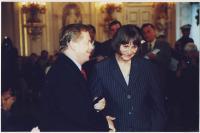 S Václavem Havlem, předávání ceny O. Havlové, 2000