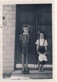 Dětská, 1942