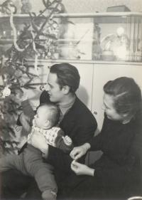 S manželkou a dcerou Miriam, 50. léta