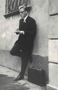 Farář Dus, Brno 1965