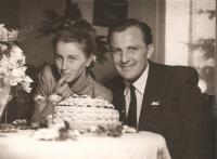 Svatební foto z roku 1952
