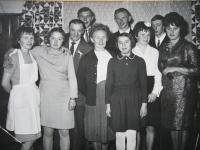 Rodina na svatbě sestry Hedviky, asi 1965