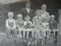 Rodina na Jelenově, 1952
