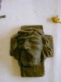 hlava Krista vytvořená z chleba ve věznici Mírov