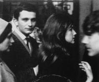 Divadélko pod okapem - jeden ze zakladatelů Luděk Nekuda na snímku z cesty na festival v Záhřebu v roce 1964