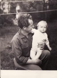Miroslav Hampl s dcerou Miroslavou-1956