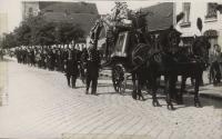pohřeb tatínka Josefa Hájka
