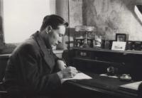 Bedřich Hájek doma  v Hradební ulici- Prostějov-1944