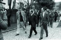 S prezidentem Havlem na Velehradu při návštěvě jeho ateliéru v roce 1993