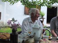 11 - Jan Holík ve věku 91 let - na návštěvě v Krásné Hoře ve mlýně - rok 2015