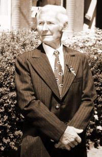 09 - Jan Holík v roce 2003 - na svatbě svého syna