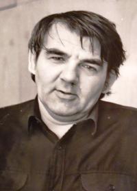 manžel Ivan Dejmal - ministr ŽP