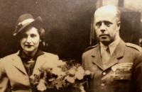 rodiče - svatba v roce 1947