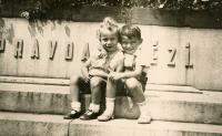 Pavel Werner (nalevo) s Luďkem Klačerem (1934-1935)