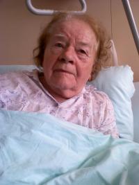 Vlasta Vyhnánková in hospital (2010)