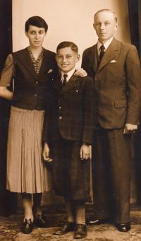 M. Fiala s rodiči