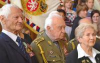 uprostřed gen. Masopust, Věra Biněvská - Holubeva